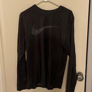 Nike workout tee